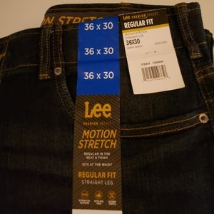 New with Tags jeans regular fit motion stretch